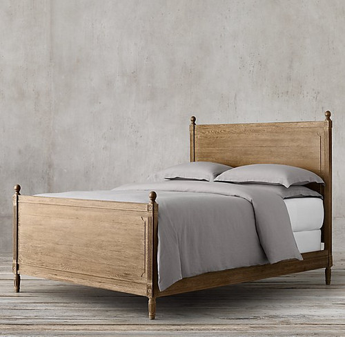 Versailles Queen Bed with Footboard