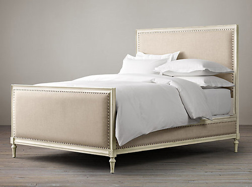 Bordeaux Upholstered Queen Bed (A/White)