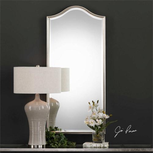 Cecita Mirror