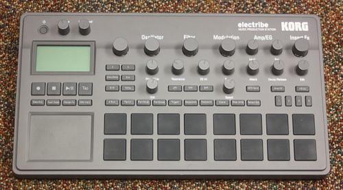 KORG electribe 2 Music Production Station, Gray
