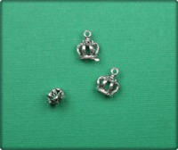 Vintage 3D Crown Charm - Antique Silver