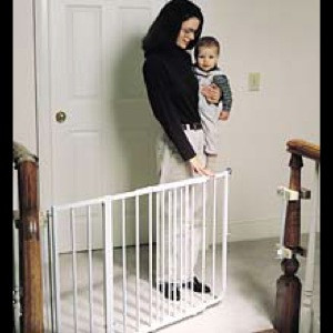 Incroyable Cardinal Gates Stairway Special Baby Gate
