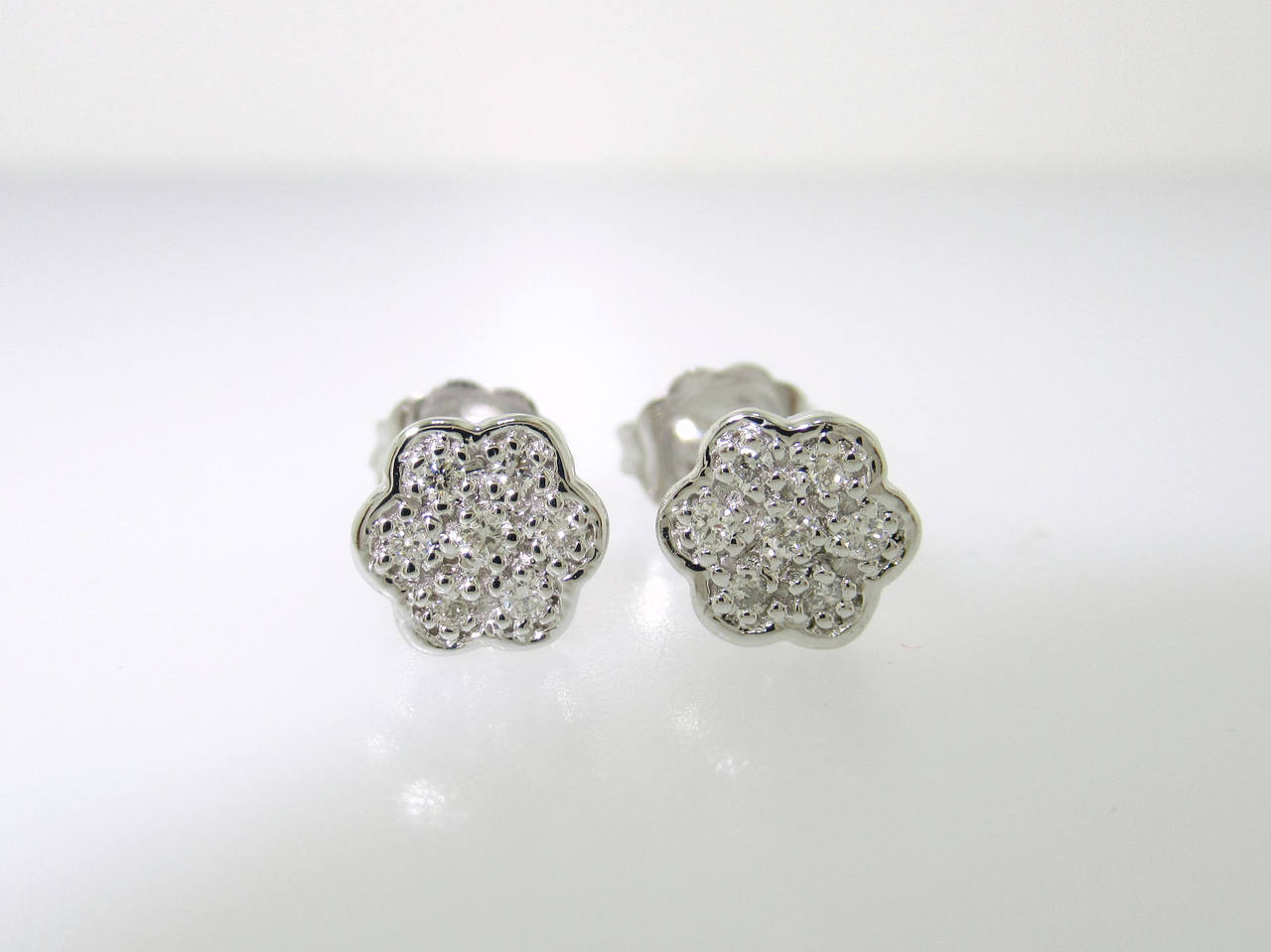 015 Carat Diamond Earrings Flower Earrings Stud Earrings Tiny