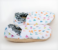 Sweet Hearts Bison Booties 0-6 months