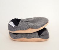 Harvey Flannel Bison Booties 0-6 months