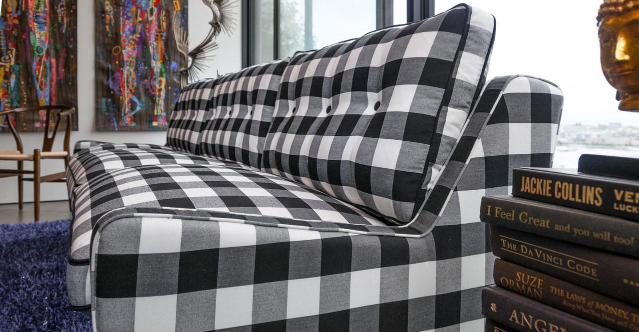 school house  sofa