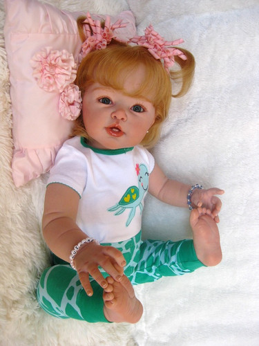 Suzanne Toddler Doll Kit by Adrie Stoete