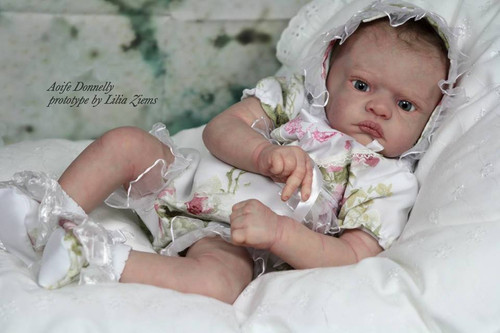 Aoife Vinyl Doll Kit by Philomena Donnelly