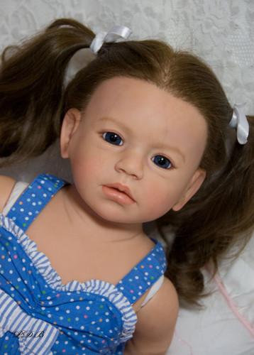 Isabella Vinyl Doll Kit by Regina Swialkowski