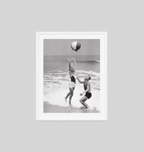 Beach Scene Black and White