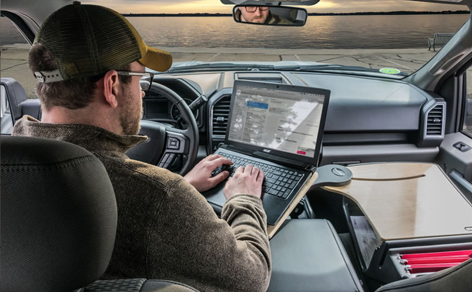 Ergonomics on the Go: Vehicle and Car Desks for Your Mobile Office