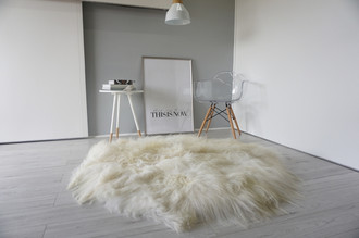Amazing Genuine Natural Icelandic Sheepskin - Round Shape - Soft Silky Creamy White, Ivory, Champagne Long Wool