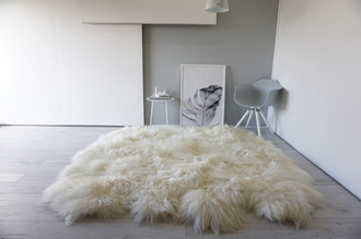 Genuine Octo (8) Icelandic Sheepskin Rug -  Soft Silky Long Wool - Natural Cream White | Ivory Mix color
