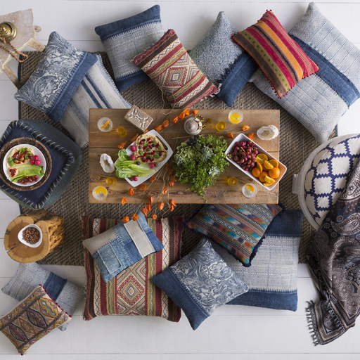 bohemian-dinner-party-pillowparty.jpg