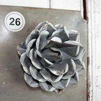 "CIH285 Metal Magnetic Flower - Zinc 5.5"""