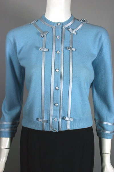 sw151-baby-blue-cashmere-cardigan-1950s-sweater-size-m-2.jpg