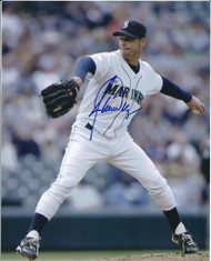 Jamie Moyer Autographed Seattle Mariners 8 x 10 Photo 2