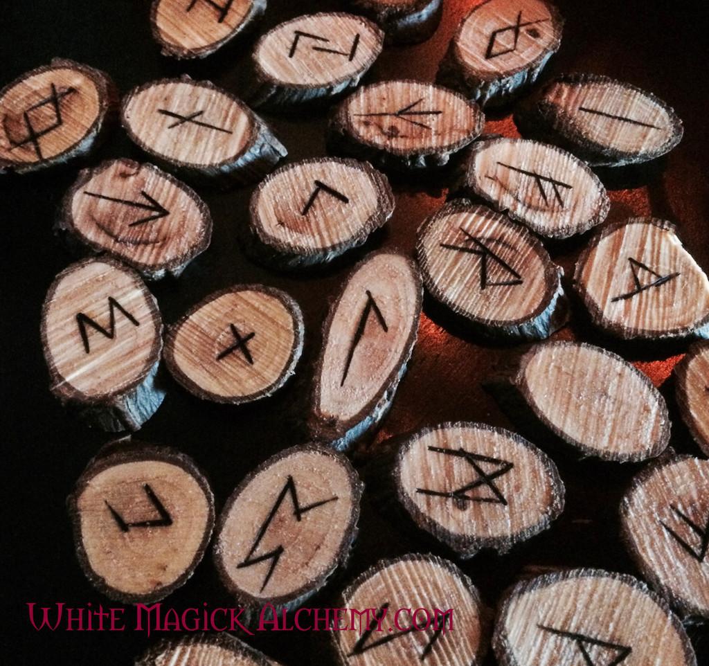 Willow Wood Elder Futhark Viking Rune Set