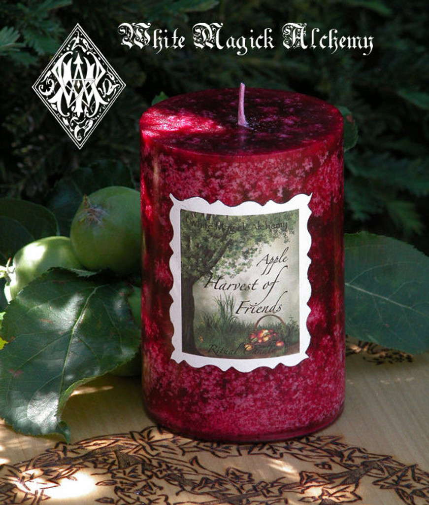 Harvest of Friends Lammas/Mabon Harvest Ritual Candle with Tree Ripened Red Apples, Granny Smith Apples Nestled in Oak Leaves and Moss