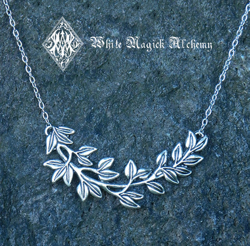 Woodland Leaves Necklace in Silver