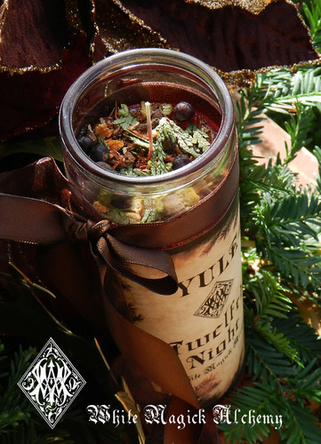 *Yule Twelfth Night Glass Vigil Lights Candle  for Christmas and Winter Solstice