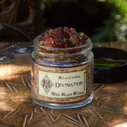 DIVINATION Resins of the Ancients