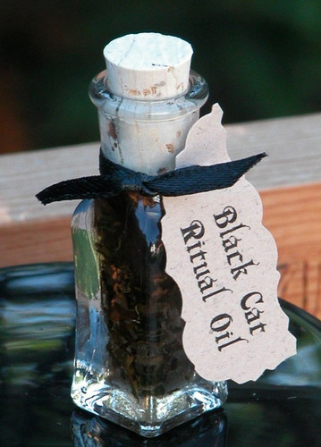 "Black Cat Oil ""Alchemist Tree"" for Reversing Bad Luck and Negative Energies, Love and Money Drawing"