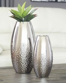 Dinesh Silver Finish Vase Set (2/CN)