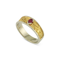 14 Karat White 8x5 MM Natural Gold Nugget Channel Ring Tapered Size 12 With .30 CT Ruby