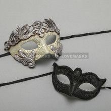 Silver Warrior Roman Greek Masquerade Mask & Black Glitter Venetian Eyes Mask - Couple