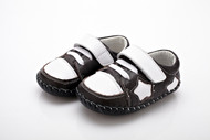 Baby Boy Black & White Soft Soled Shoe with a white star.