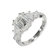 Estate Art Deco Emerald Cut Diamond 1.70ct PSD Platinum Trapezoid Baguette Ring