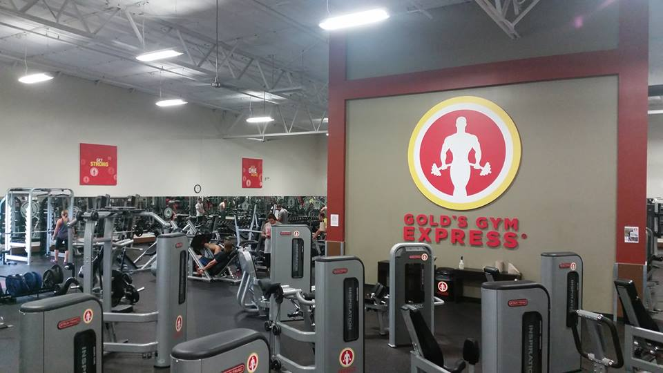 Gyms in bloomington normal il for Brookridge heights apartments