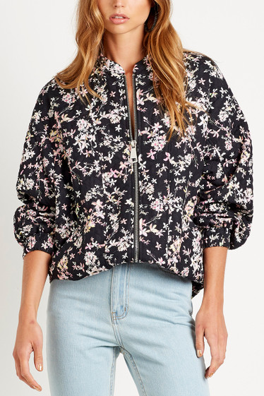 Le Bloom Bomber, Noir