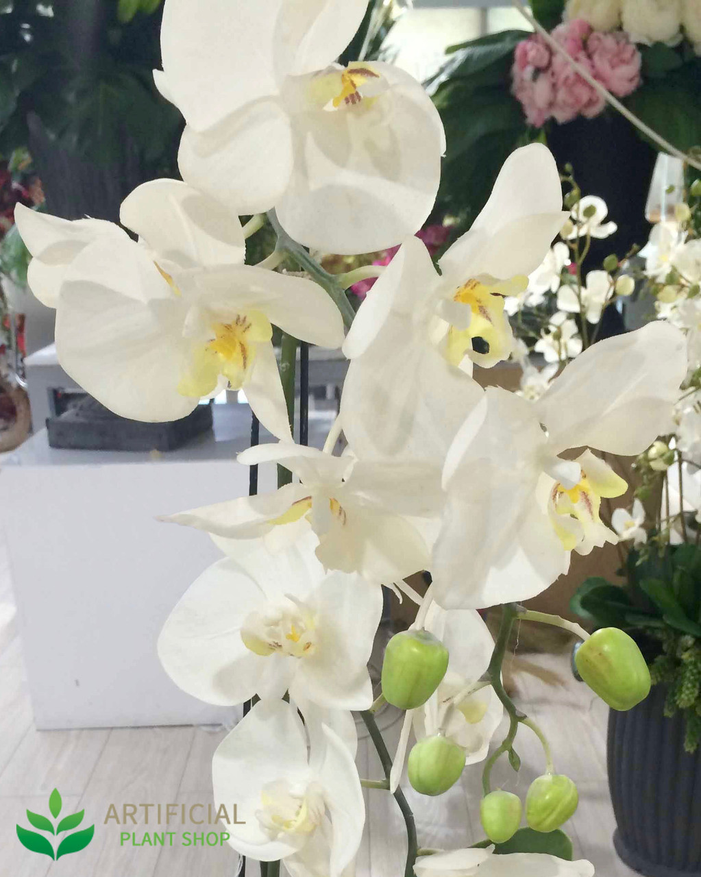 how to use silk flowers on a wedding cake white orchid in clay pot 84cm 16194