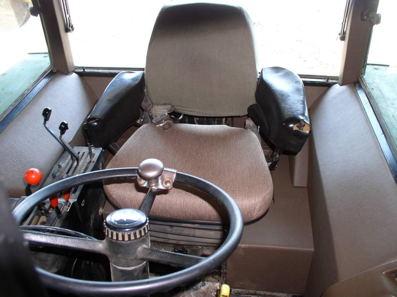 jd 2950 wiring diagram omc cobra wiring diagram 2950 John Deere Transmission Diagram  John Deere 330 Garden Tractor Wiring Diagram 2140 John Deere Diagram John Deere Engine Wiring Diagram