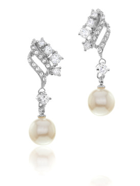 Betsey's Floral Crystal & Pearl Earrings 4 | Earrings