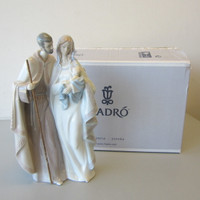 Lladro Porcelain Figurine #6761 BLESSED FAMILY Holy Nativity Mary Joseph Jesus