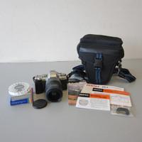 Pentax ZX-5 35mm Film Camera w/Data Back SMC FA 28-70mm f/4 FL Zoom Lens Case