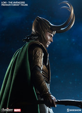 sideshow collectibles loki premium format figure