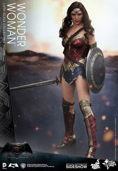 Hot Toys Wonder Woman Sixth Scale Figure Batman V Superman -1641