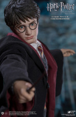 Harry Potter and the Prisoner of Azkaban Series: Harry Potter (Teenage Version) 1:6 Scale Figure