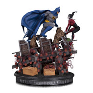 dc collectibles batman vs harley quinn battle statue