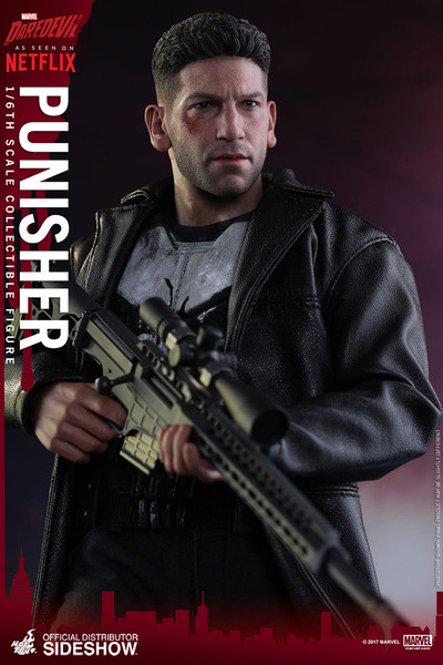 hot toys the punisher 1/6 scale figure