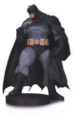 DC Collectibles DC Designer Series Batman by Andy Kubert Mini Statue