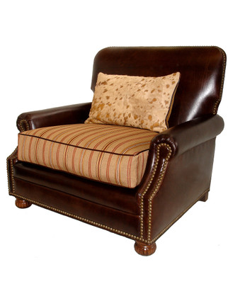C5716A Esquire Chair and a Half