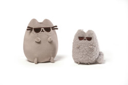 Pusheen and Stormy Sunglasses Collectible Set