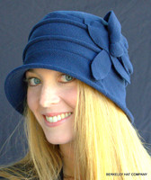 Women's Cloche Packable Polar Fleece Hat