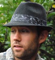 Stingy Brim Felt Fedora Hat, paisley band