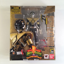Mighty Morphin Power Rangers S.H.Figurearts Signed by Walter Jones Armored Black Ranger Zyuranger